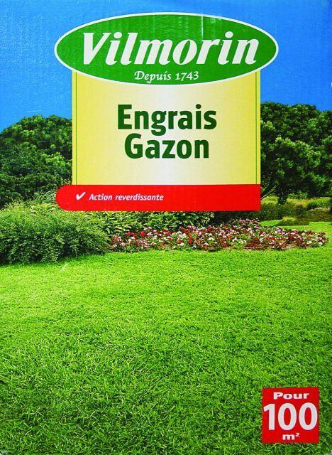 Гранулиран тор за тревни площи 2 кг2097